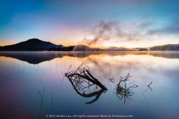 2 giây ISO 100 f/11 WB 8200K. Sony a7R + lens Voiglander 15 (mod by Andre Luu)