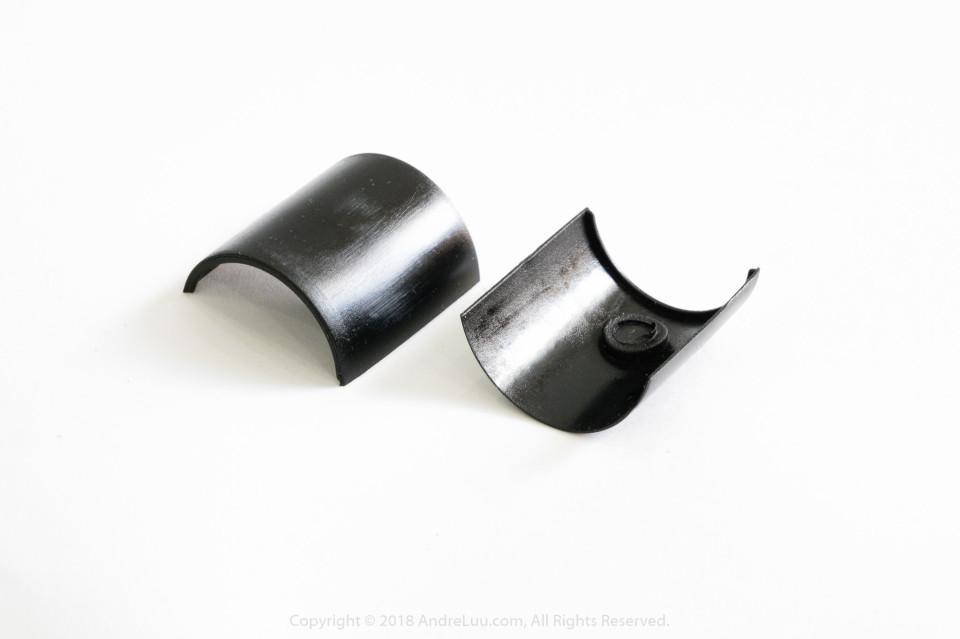 Cấu trúc miến đệm nhựa bên trong có rãnh L giúp tháo ráp chân rất dể dàng, tiện lợi cho việc xử lý khi bị dính bùn, đất hay cát.
